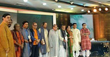 ব্র্যাক ব্যাংক-সমকাল সাহিত্য পুরস্কার ২০১৭ প্রদান